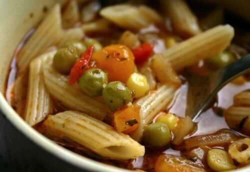 Nudel-Gemüse-Topf