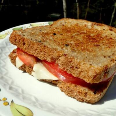 Sandwich Emmentaler Camembert