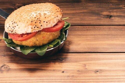Vegetarischer Burger » mit Hirse